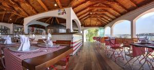 12000_Belvedere_Trogir_gastro_world_restaurant-Trattoria-Bella