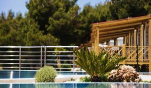 7006_Belvedere_Trogir_Mobile_homes_pool
