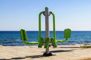outdoor-gym-1466314_1920